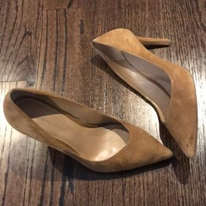 Banana Republic Madison Heels in Tan Suede